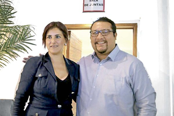 "Diputada le consigue ""chamba"" a su cuñado  en PC de Zongolica"