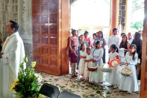 Celebran  Corpus Christi