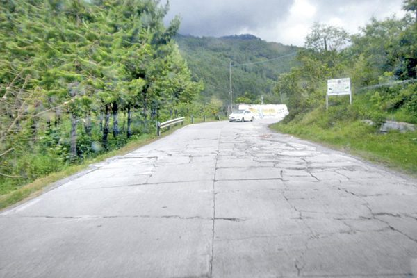 Destrozada la carretera Tequila a Atlahuilco