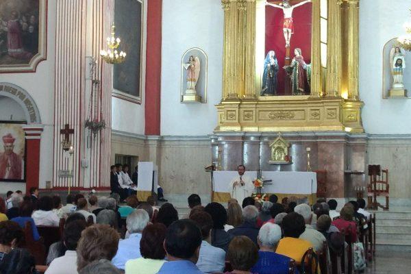 Festejan católicos de Diócesis de Orizaba fiesta de Corpus Christi