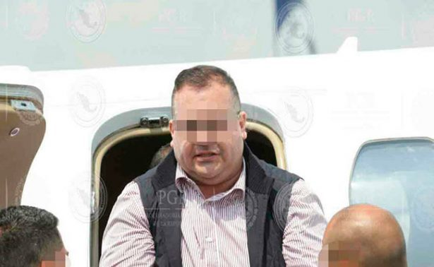 Javier Duarte llega a México; lo trasladan al Reclusorio Norte