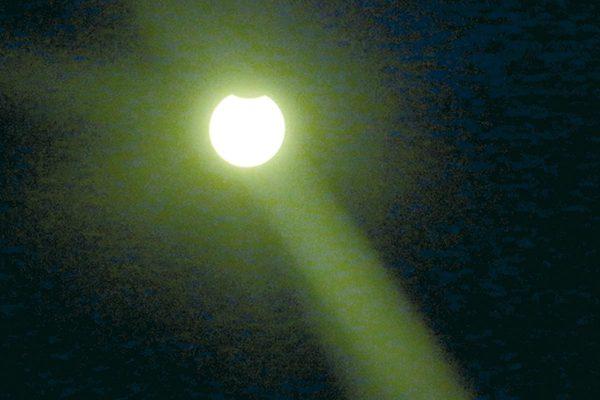 En Orizaba disfrutaron del eclipse solar