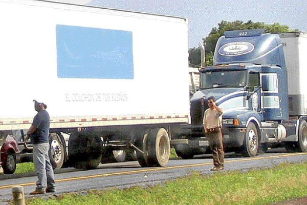 Aumenta robo  de víveres en carreteras