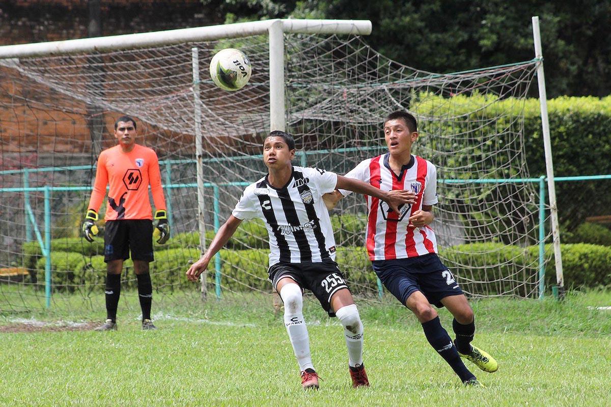 BENJAMINES derrotó 2-0 a Chivas del Ángel, ligando su segunda victoria en el campeonato nacional de la Tercera División.