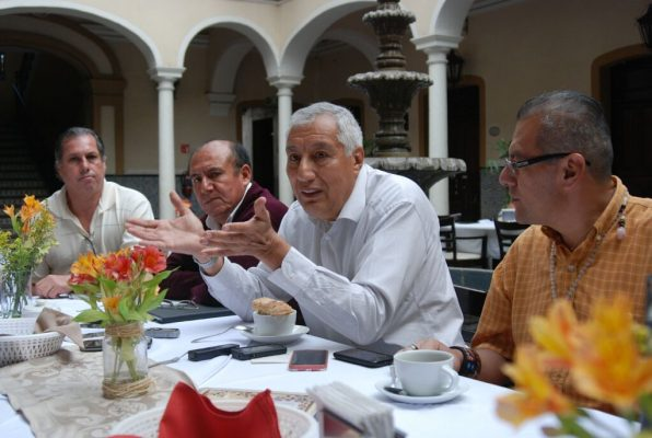 Jubilados vislumbran panorama económico más difícil para 2018
