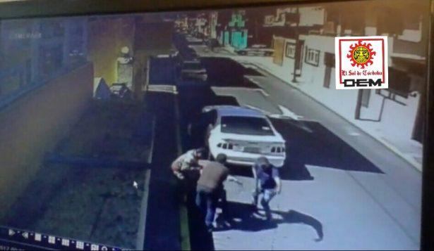 Hombres armados secuestran, en la calle, a empresario del ramo inmobiliario