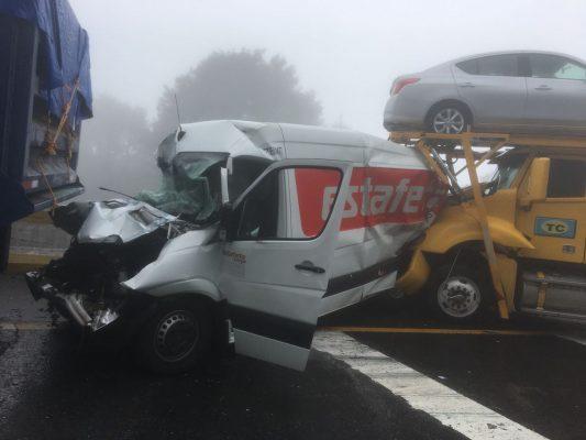 Choques múltiples en la autopista