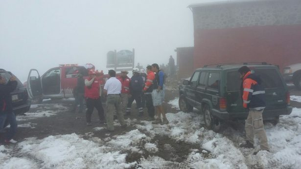24 horas de duro rescate de alpinista estadounidense