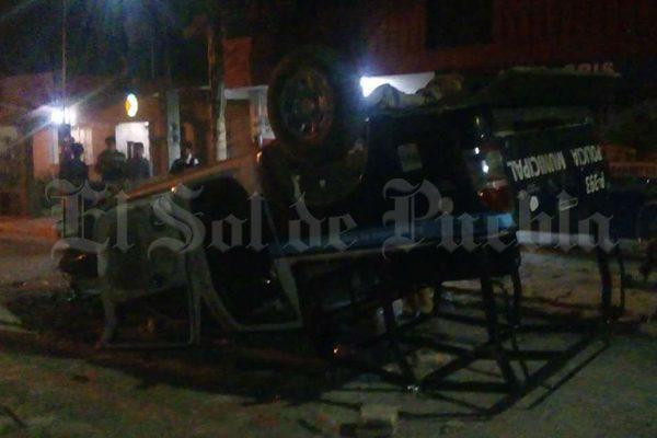 Policías impiden linchamiento en Tlaxcalancingo.