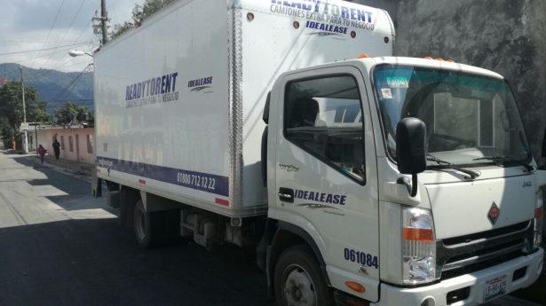 Encuentran camión robado en congregación Jalapilla