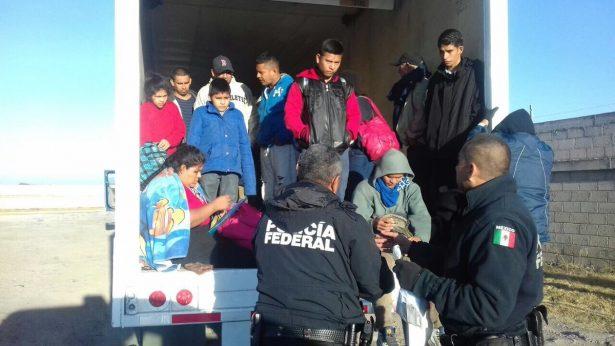 Encuentran a indocumentados abandonados en las Cumbres de Maltrata