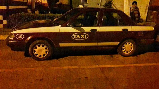 Recuperan taxi en balacera