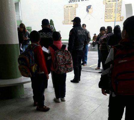 Psicosis por falsa alarma de hombres armados en primaria