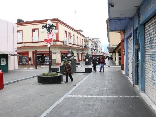"""Comerciantes resienten la """"cuesta de enero"""""""