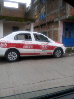 Hallan taxi  desvalijado en Ciudad Mendoza