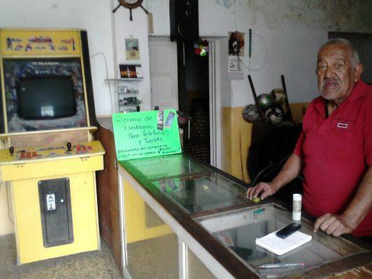 Don Felipe, 3 veces asaltado y sigue luchando por vivir