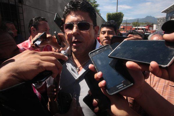 Yunes Linares quiere desaparecer a Los Tiburones: Kuri
