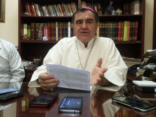 No hay varitas mágicas ni fórmulas especiales de una sola persona que resuelva la situación del Estado: Obispo