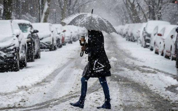 Nevasca primaveral azota el noreste de EU; cancelan más de 2 mil vuelos