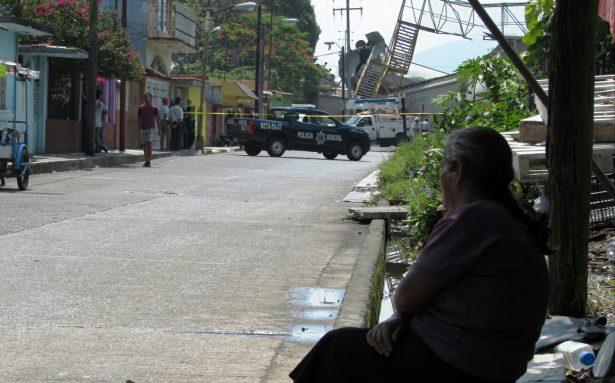 Es descarrilamiento grave riesgo para miles de familias: Bomberos