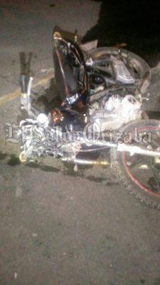 Muere trabajador de Izzi al chocar en motocicleta