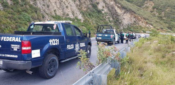 Comando armado despoja de auto a proveedor de productos alimenticios