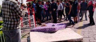 Gobierno de Sinaloa da colchones en mal estado a damnificados