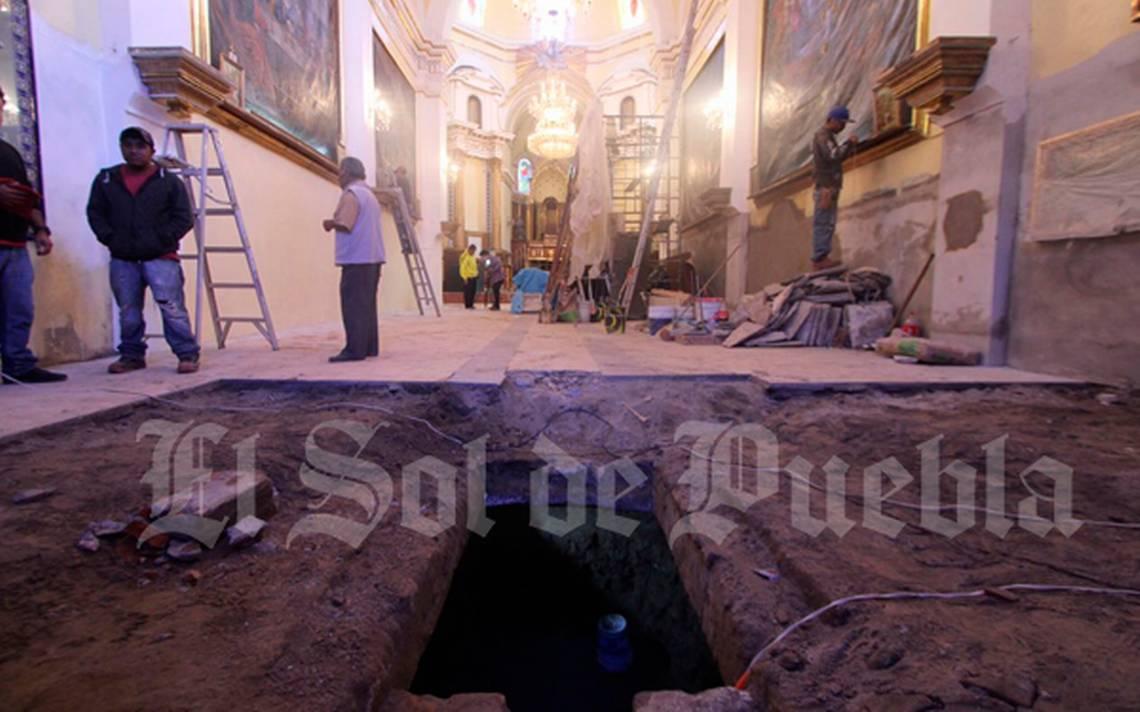 Excavan para instalar cisterna en Iglesia y hallan ¡restos humanos!