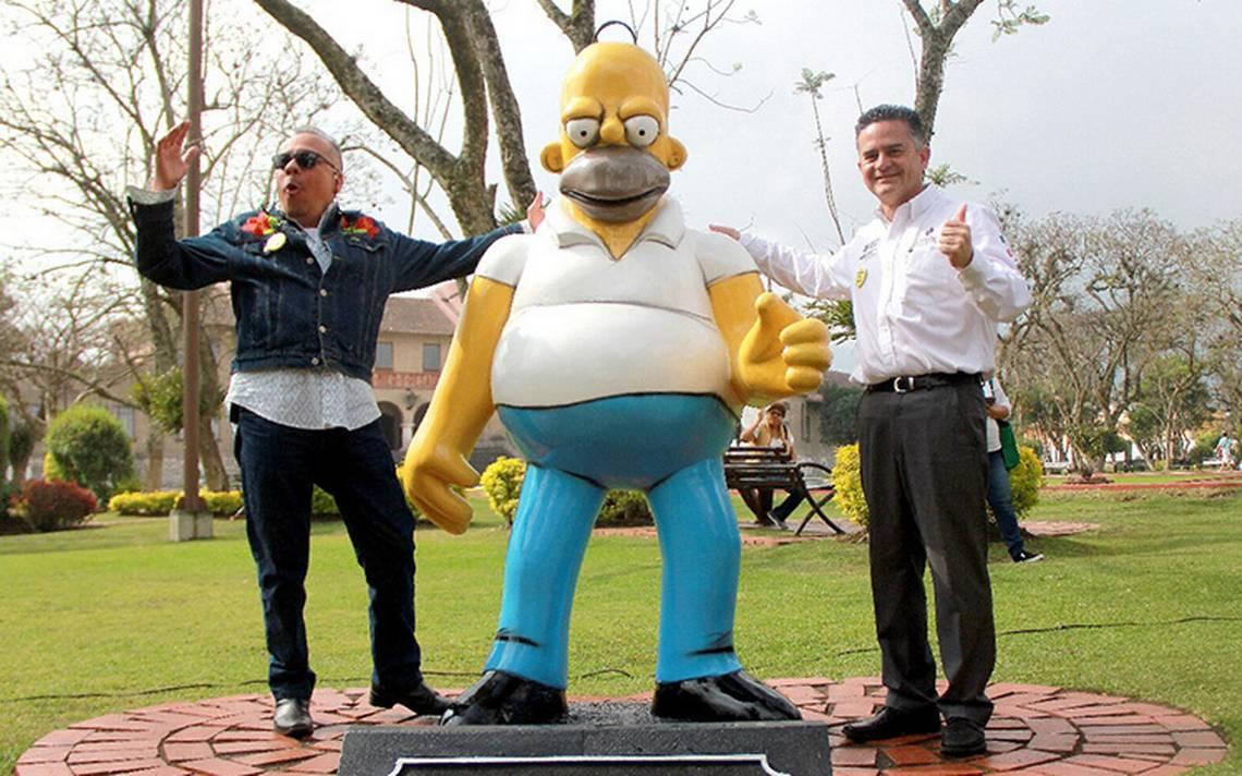 Una carismática estatua de Homero Simpson en Orizaba termina en grilla política