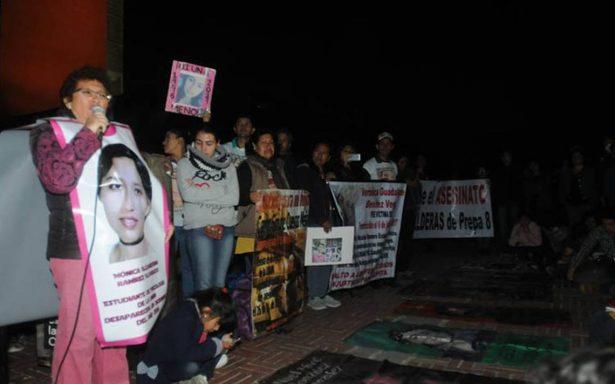 Exigen en Rectoría justicia para Marco Antonio y jóvenes desaparecidos