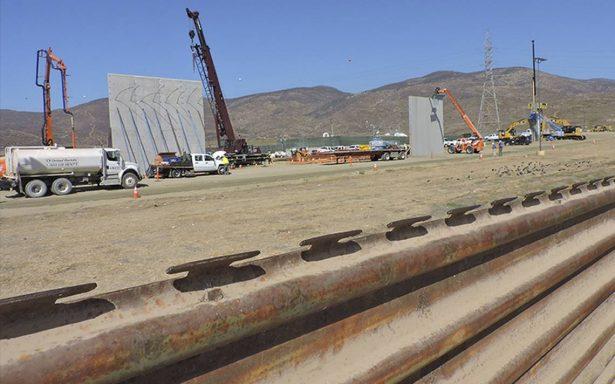 Retrasarían 30 días construcción de prototipos del muro de Trump