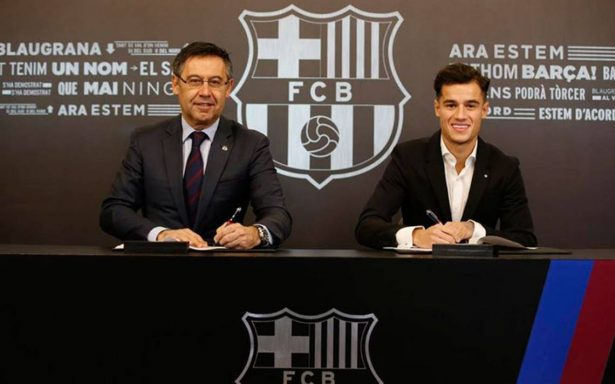 Coutinho firma contrato con el Barcelona, pero su debut debe esperar