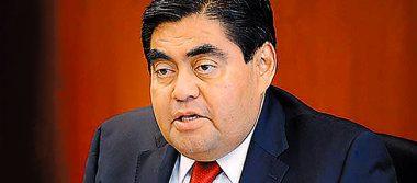 Coordinador de los senadores del PRD anuncia que apoyará a AMLO