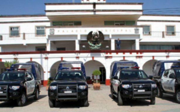 Destituyen a director de la policía por presuntos vínculos con la delincuencia organizada