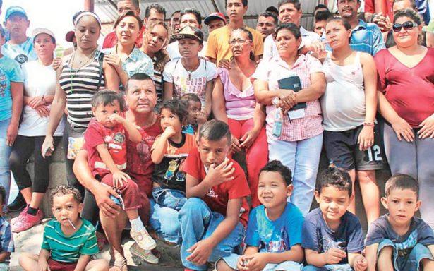 "INM intercepta caravana Viacrucis de migrantes para tramitar ""visa humanitaria"""