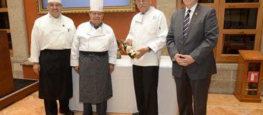 Conmemoran 50 años con sabor tradicional