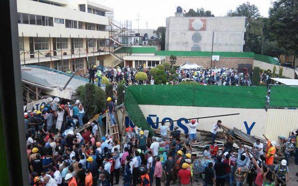 Reportan 21 niños y 4 adultos muertos en el colegio Rébsamen en la Ciudad de México