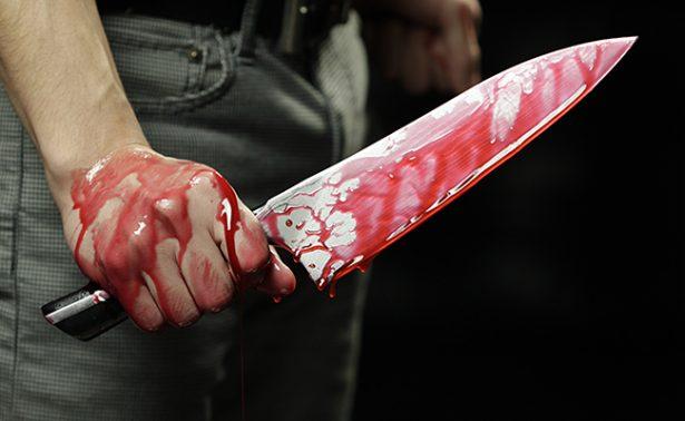 Hombre ataca con un cuchillo a feligreses en una iglesia de Ecatepec