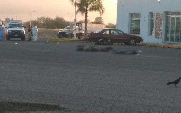 Encuentran cuerpos descuartizados en gasolinera de Laguna Larga