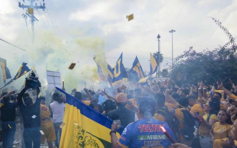 Tigres y Rayados rechazan actos de violencia entre sus aficionados