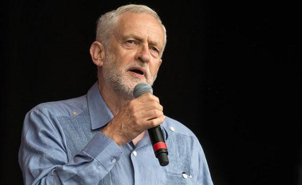 """El líder laborista Corbyn intentará """"imponer nuevas elecciones"""" en Reino Unido"""
