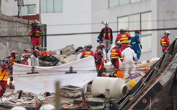 Recuperan último cuerpo en edificio de Álvaro Obregón