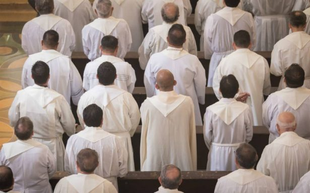 ¡Cuidado! Curas falsos ofrecen sacramentos exprés
