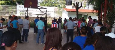 Maestros boicotean juegos magisteriales en Tapachula