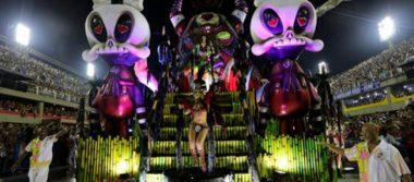 Al menos 20 heridos deja choque de una carroza en el carnaval de Rio