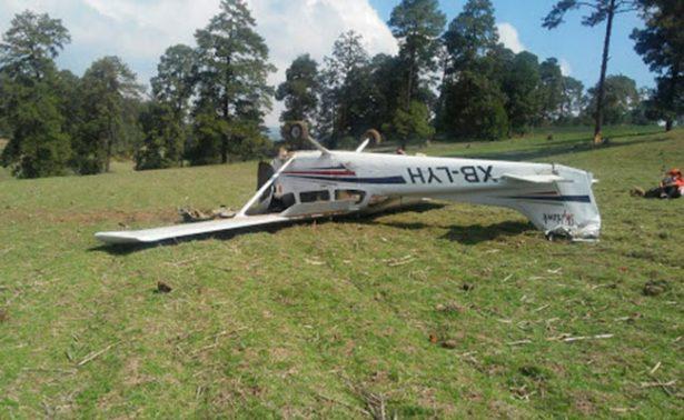 Se desploma avioneta en Edomex; sobrevive el piloto
