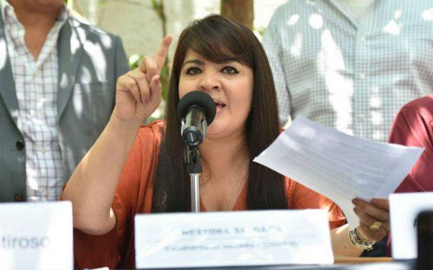 Nestora Salgado demandará a Meade por difamación