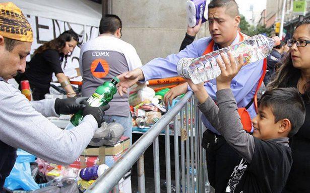 Balean a jóvenes que llevaban ayuda a víctimas por sismo