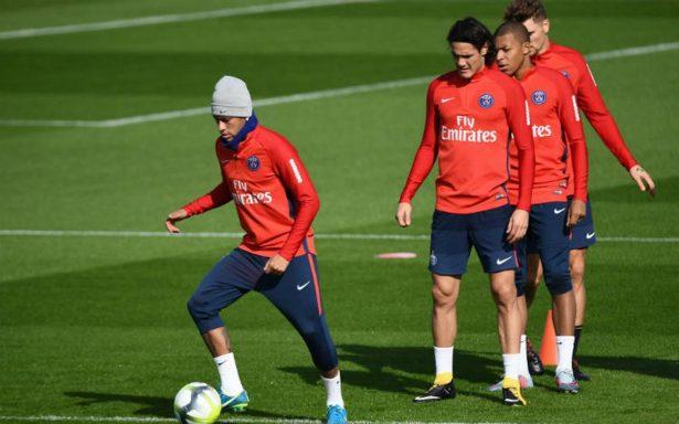 Ante visita del Bayern, PSG entre la espada y la pared sin Neymar