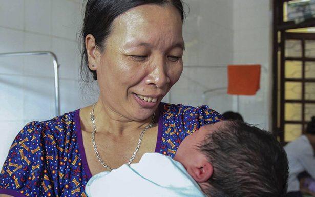 Corte en Taiwán ordena a un hombre pagar a su madre por criarlo